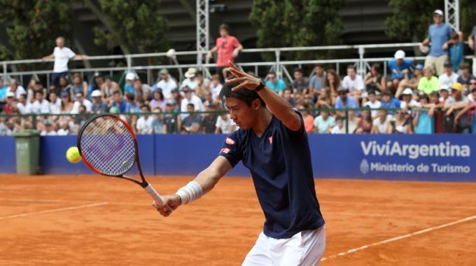 Kei Nishikori entrenando - Crédito: Prensa Argentina Open/Sergio Llamera