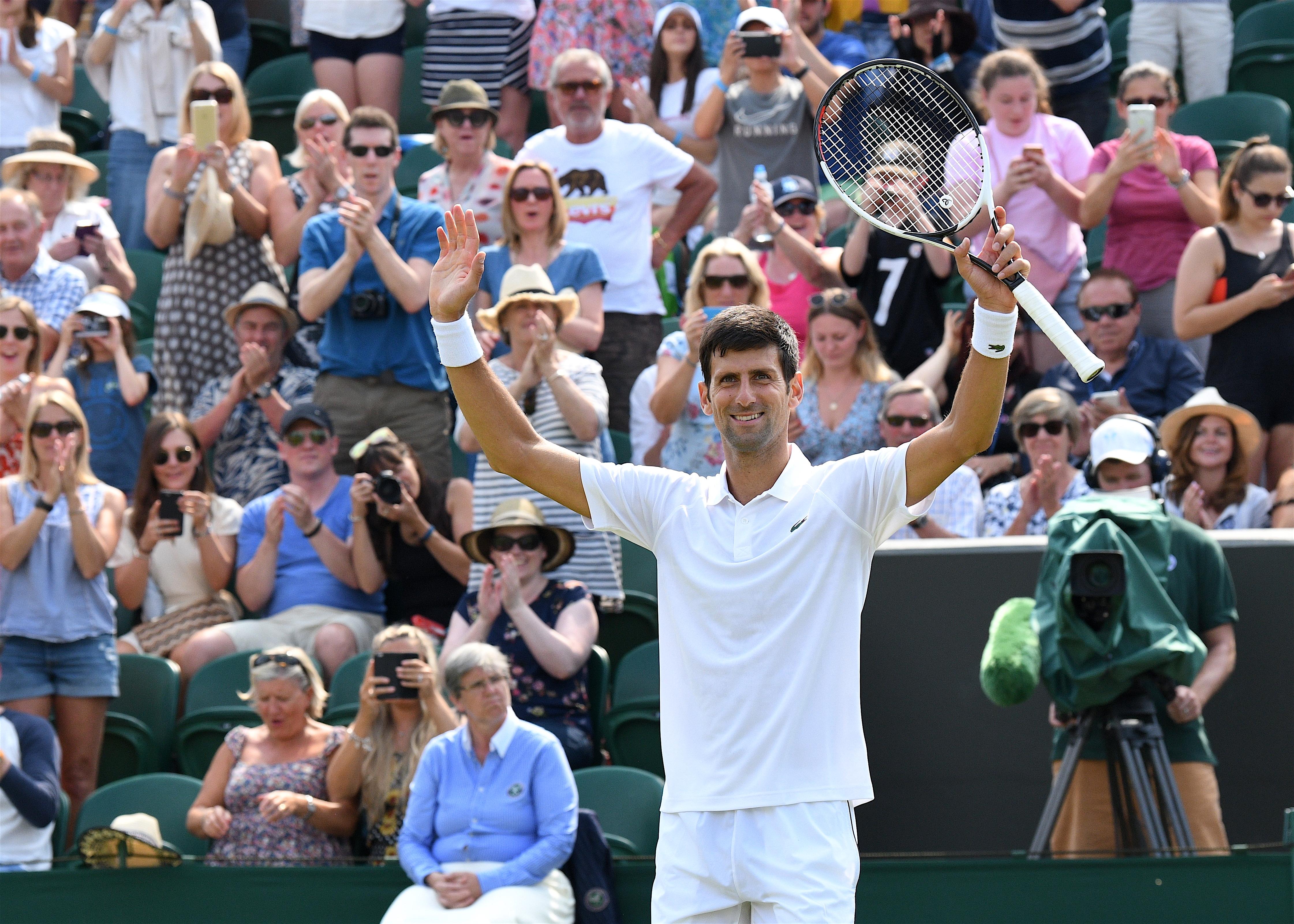 Djokovic se apunta a unos cuartos de final vintage